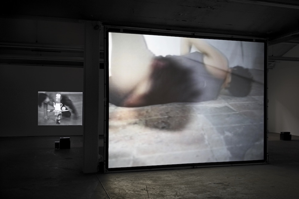 Anna Winteler, Körperarbeit, Ausstellungsansicht Kunsthaus Baselland 2019, Foto: Serge Hasenböhler